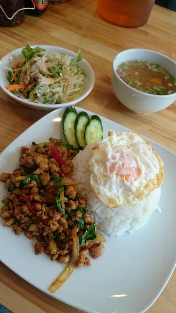 サバイディー タイ&ラオス料理