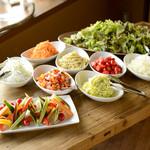 エディブルガーデン - 【Lunch】サラダバー (全国の農家さんより直送された「八百屋のビストロ」ならではのサラダバー)