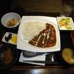 桃園 - 自家製チキンカレー定食