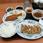 日高屋 - イワシフライ餃子定食670円