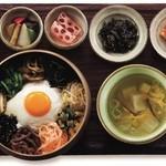 韓食 古家 - サンチェ・ビビンパ定食 1,950円