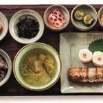 韓食 古家 - ポッサム定食 2,160円