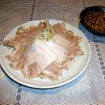 諸葛亭 - ゆで豚のニンニクソース/400円