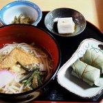 静亭 - 葛うどん定食1350円