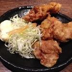 36784278 - 鶏の唐揚げ 小 400円(税込)