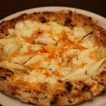 ピッツァパッツァ - 本日の「ホワイトアスパラのピッツア」