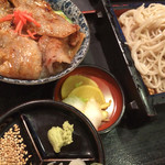 松月庵 - 塩麹丼セット。