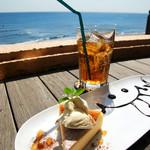 @LeafCafe七里ヶ浜 - チーズケーキとジンジャエール