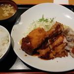 東京厨房 - Wチキン&カニクリームコロッケ定食