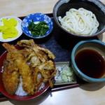 36789061 - 日替わりランチ(夜も可)天丼+うどんで750円