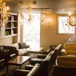 カフェ Marui堂 - 3階:大人の隠れ家スペース(マルちゃんのパパの書斎、喫煙可)