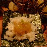 魚処 苫屋 - 伊勢海老の手巻き寿司。激旨♪