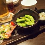 おきらく食堂ガーデン - ハッピーアワー お酒(生・カクテル・ハイボール)&おつまみセット 590円