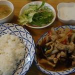 36790864 - タイ風鶏肉と生姜の炒め