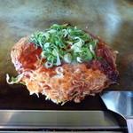 かっちゃん - 肉玉そば(670円)