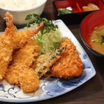 鐘栄丸 - ミックスフライ定食