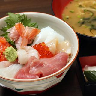 「鐘栄丸海鮮丼」1,380円