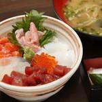 鐘栄丸 - A:海鮮丼ランチ【平日限定】