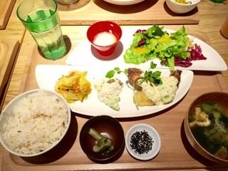 おぼんdeごはん テルミナ錦糸町店 - お魚のランチ1,080円