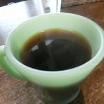 ストロベリーポット - ホットコーヒー