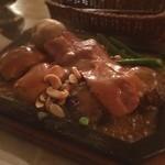 ゴールドラッシュ - 本日のランチ☆  渋谷と言えばゴールドラッシュ☆  洋風スペシャル300g  チーズにベーコンにマッシュルーム…全部盛りオールキャストの一品。ボリューム満点( ´ ▽ ` )ノ