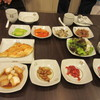 JEONGSUGASUNG - 料理写真:韓定食をお願いしたのでテーブル一杯に韓国料理の小鉢が並びます、これぞ韓定食の醍醐味。   見ただけでもお腹一杯になりますよね。