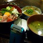 魚処丸正 - スタミナ丼980円(平日ランチタイム)
