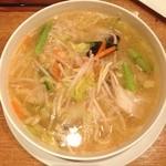 中華naきもち - 野菜たっぷりタンメン 800円
