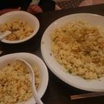 三宝亭 - 炒飯 大盛2、3人で食べれる量です♪
