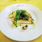 ル・ボン・ヴィボン - ヨーロッパ産 ホワイトアスパラ、ホタテとマッシュルーム添え