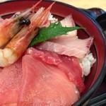 丼いなはん - 海鮮丼UP!