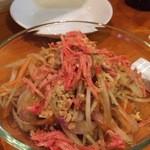 エイケイコーナー - ソムタムパラーは、タイのアンチョビエキス入りの青パパイヤのサラダです(^^♪