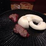 けとばし屋チャンピオン 名古屋新栄店 - 鉄板で焼くのでステーキ的な焼き上がりです