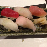 36838522 - 寿司5巻