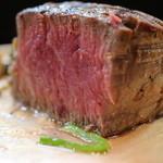 ステーキハウス キッチンリボン - 料理写真:最高級牛シャトーブリアン断面