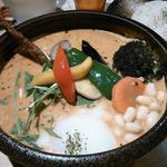 Rojiura Curry SAMURAI.  - 挽き肉温玉納豆野菜