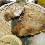 サントリー ザ・プレミアムモルツ オーシャン グリル - ブリかま塩焼き