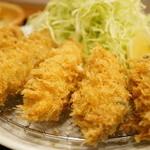 とんかつ まさむね - かきフライ定食(1480円)