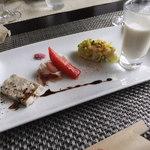 36858850 - 前菜(パテ・ド・カンパーニュ、生ハム、小蕪のスープ、お米のサラダ)