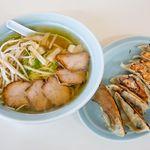 ラーメン亭 - チャーシューメンと餃子