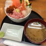 蝦夷屋 - 限定海鮮丼(じゃらん)
