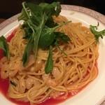 モルティ - えびとルッコラのスパゲッティー