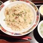 香港ダイニング 九龍 - 海老とチャーシューの炒飯