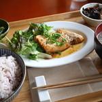 COBAKABA - 日替わり定食(カジキの照り焼き)¥950