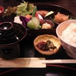 エ モトマチ - 日替りランチ1620円。この日は、鰆(さわら)、カボチャコロッケ