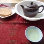 福苗 - 料理写真:烏龍茶