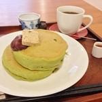 36868620 - 抹茶のホットケーキ