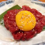 焼肉 山河 - 桜ユッケ
