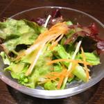 ムラン ゴッツォ カフェ - サラダ