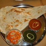 インド・ネパール料理 ヒマラヤ - 2種カレーセット(ライス抜き~)